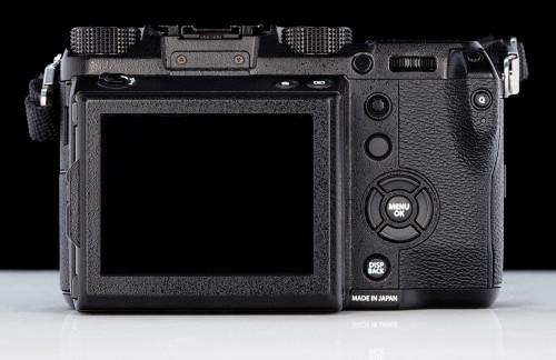 fuji-gfx-50s-back-side_37150296060_o.jpg