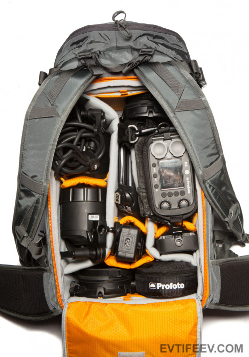 packing-profoto-b2_30635511986_o.jpg
